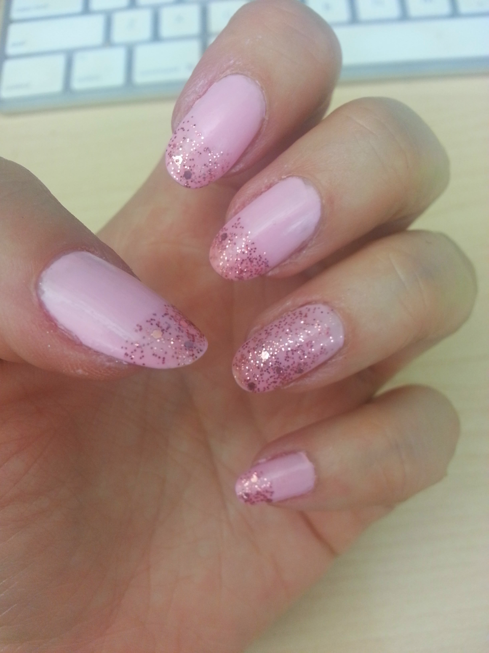 Nails of the Day #6 (Gorgeous pinks)