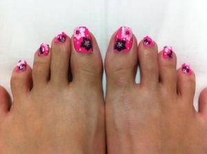cute-acrylic-toe-nail-art